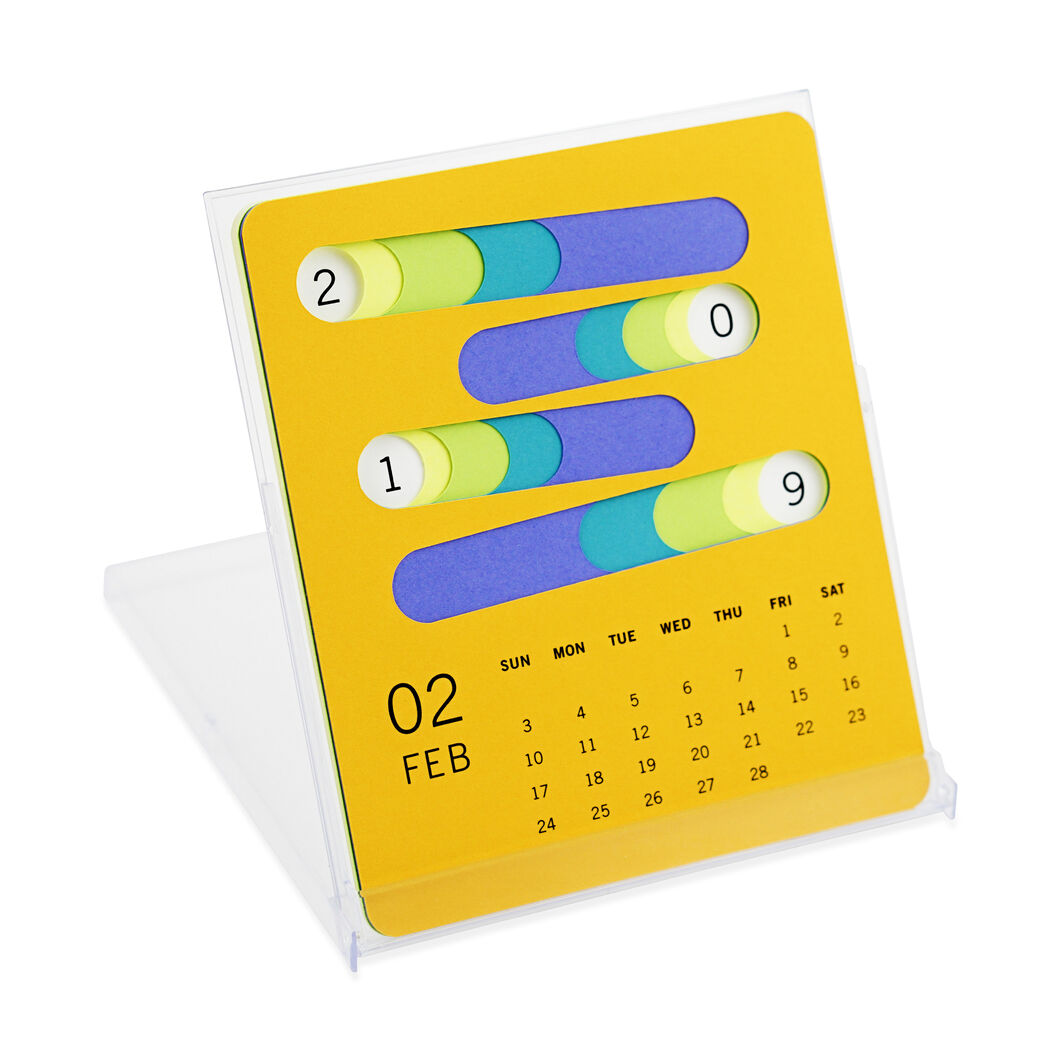 2019 Layered Desk Calendar in color