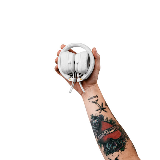 Marshall Major III Bluetooth Headphones in color White