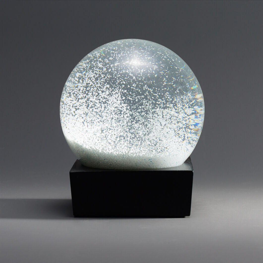 Snowball Snow Globe in color