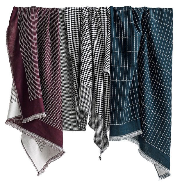 HAY Checked Out Plaid Throw in color
