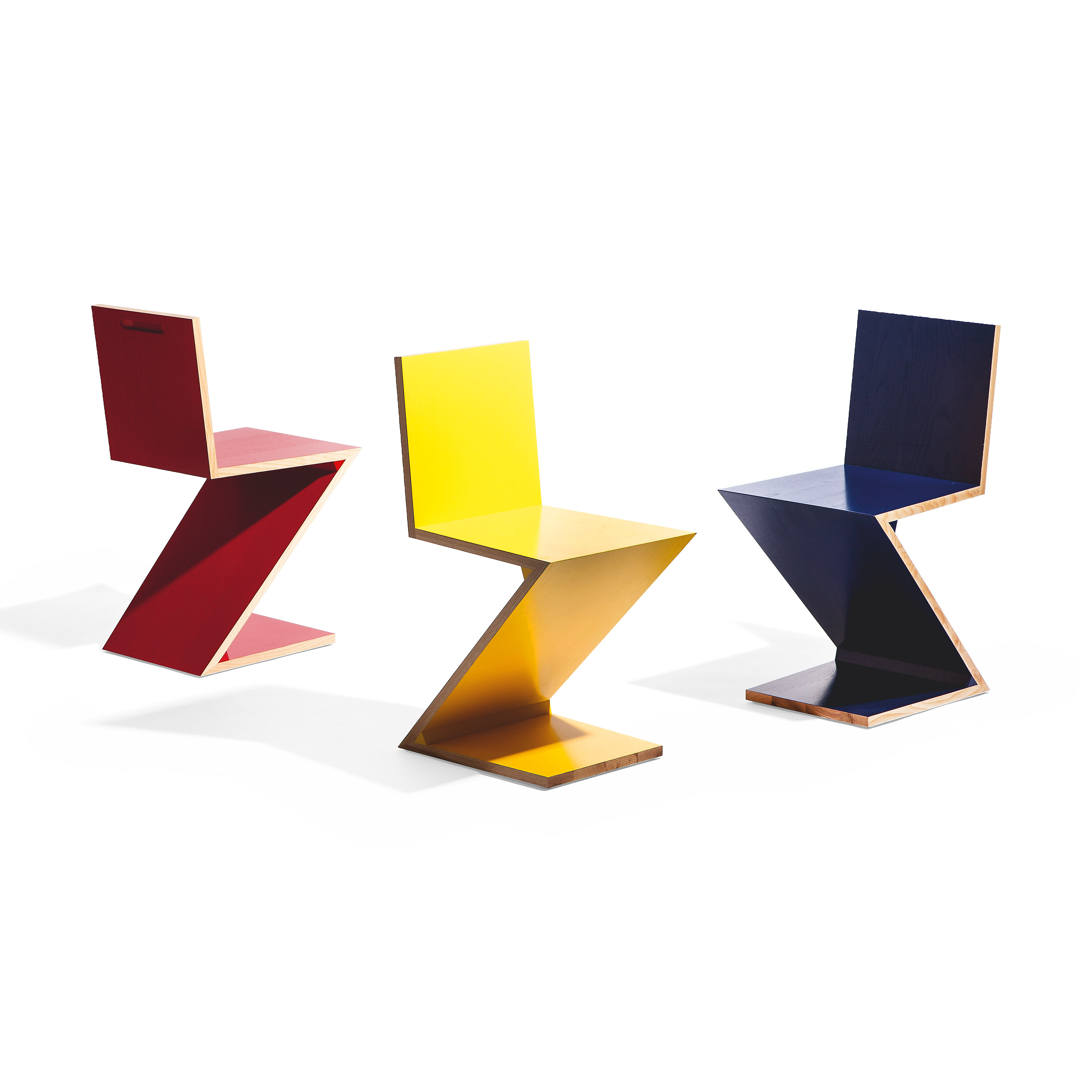Ordinaire Zig Zag Chair In Color Red