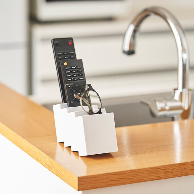 Remococo Remote Control Caddy in color