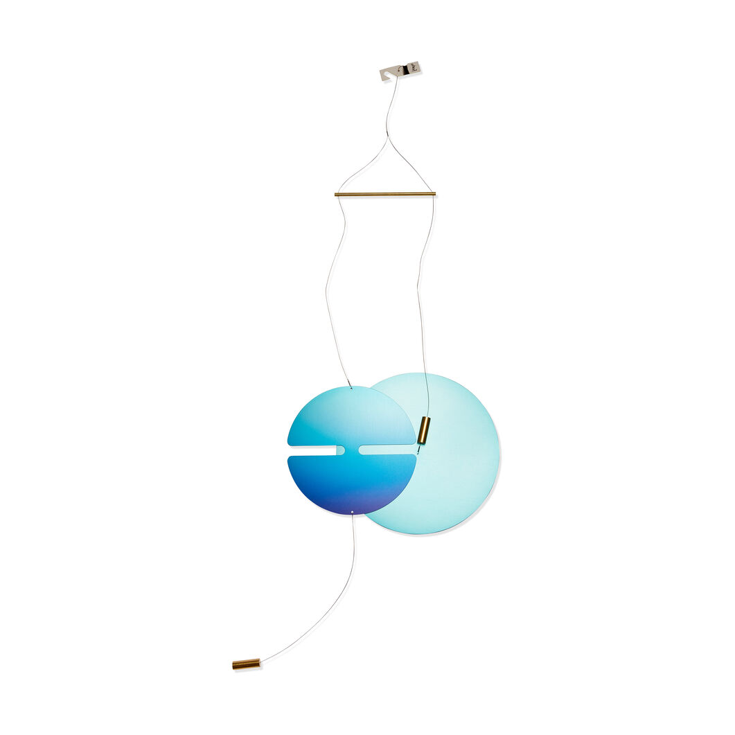 Perfect Instance Hanging Mobile in color Blue