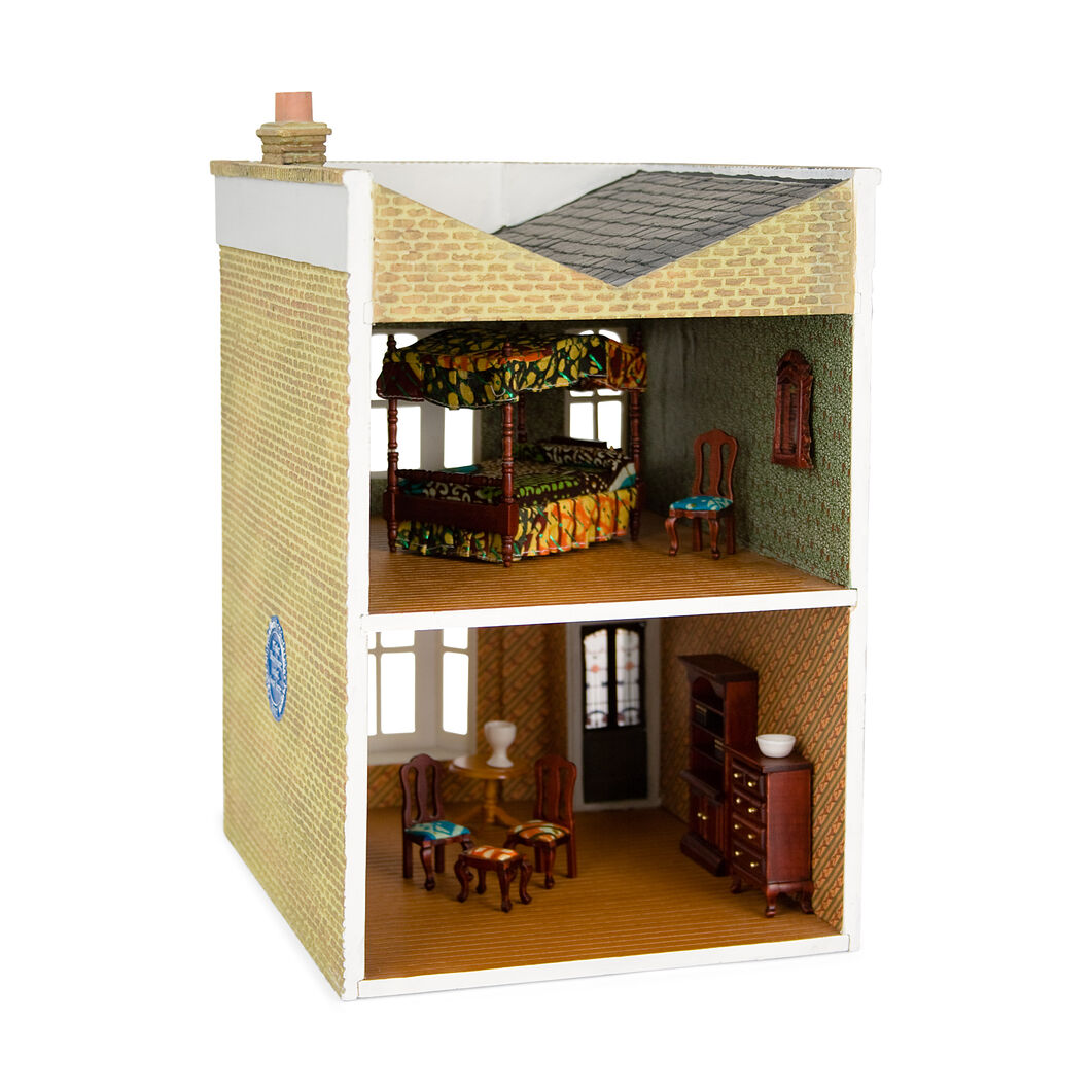 Yinka Shonibare: Untitled (Dollhouse) in color