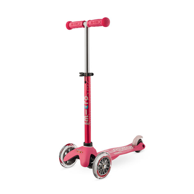Deluxe Mini Scooter in color