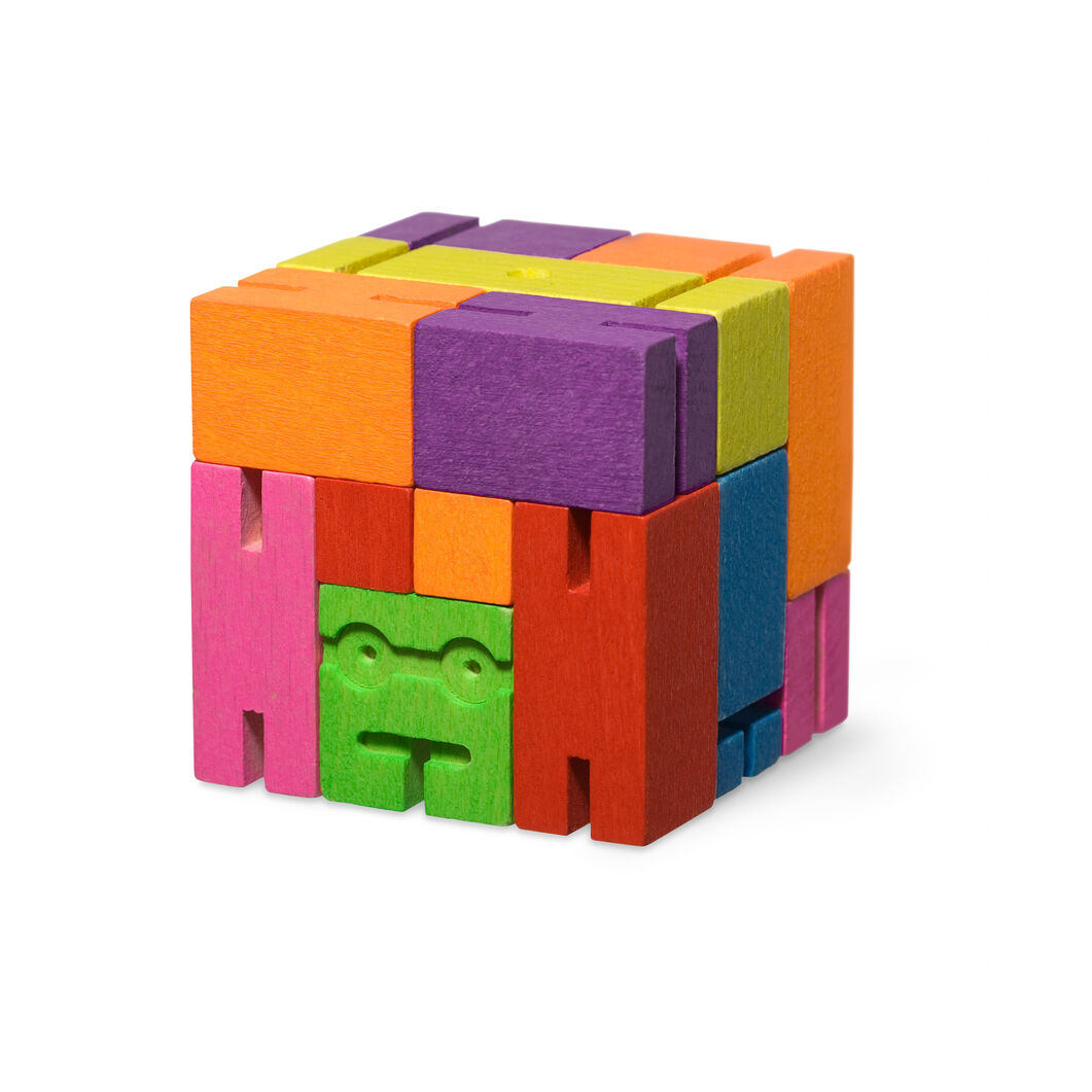 Colorful Cubebot in color