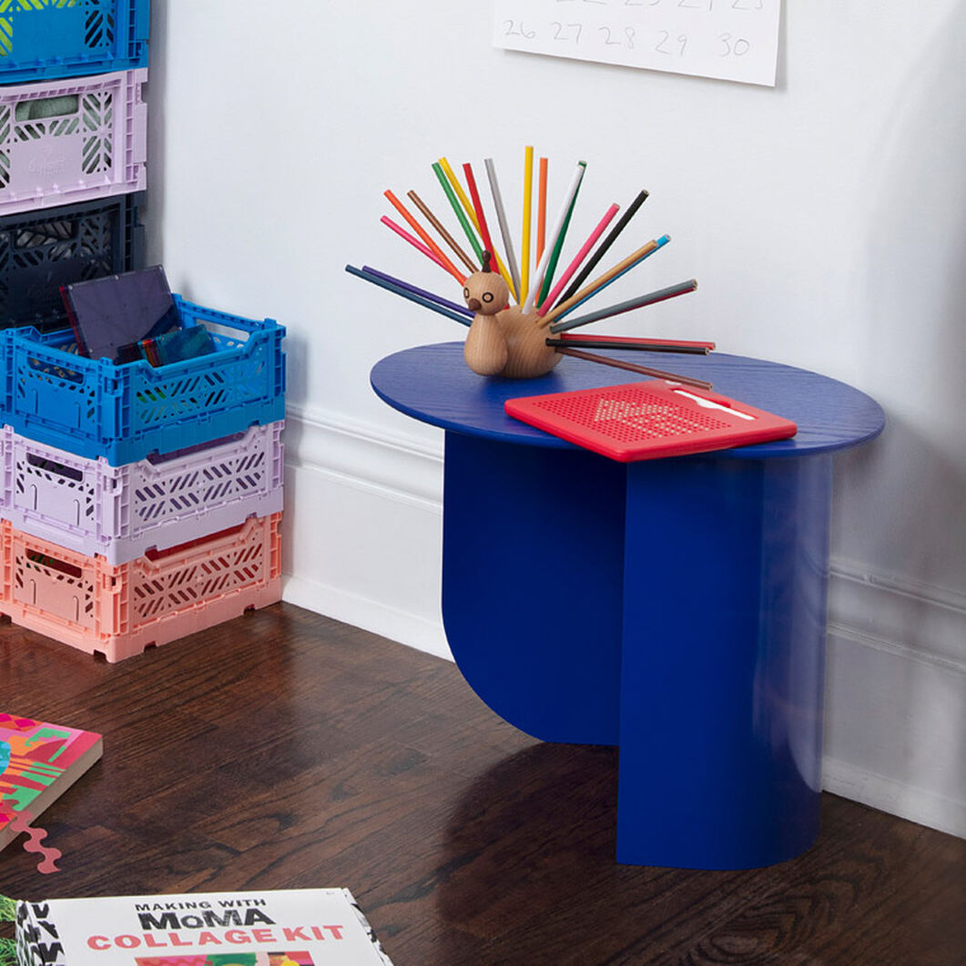 Plateau Side Table in color Pink