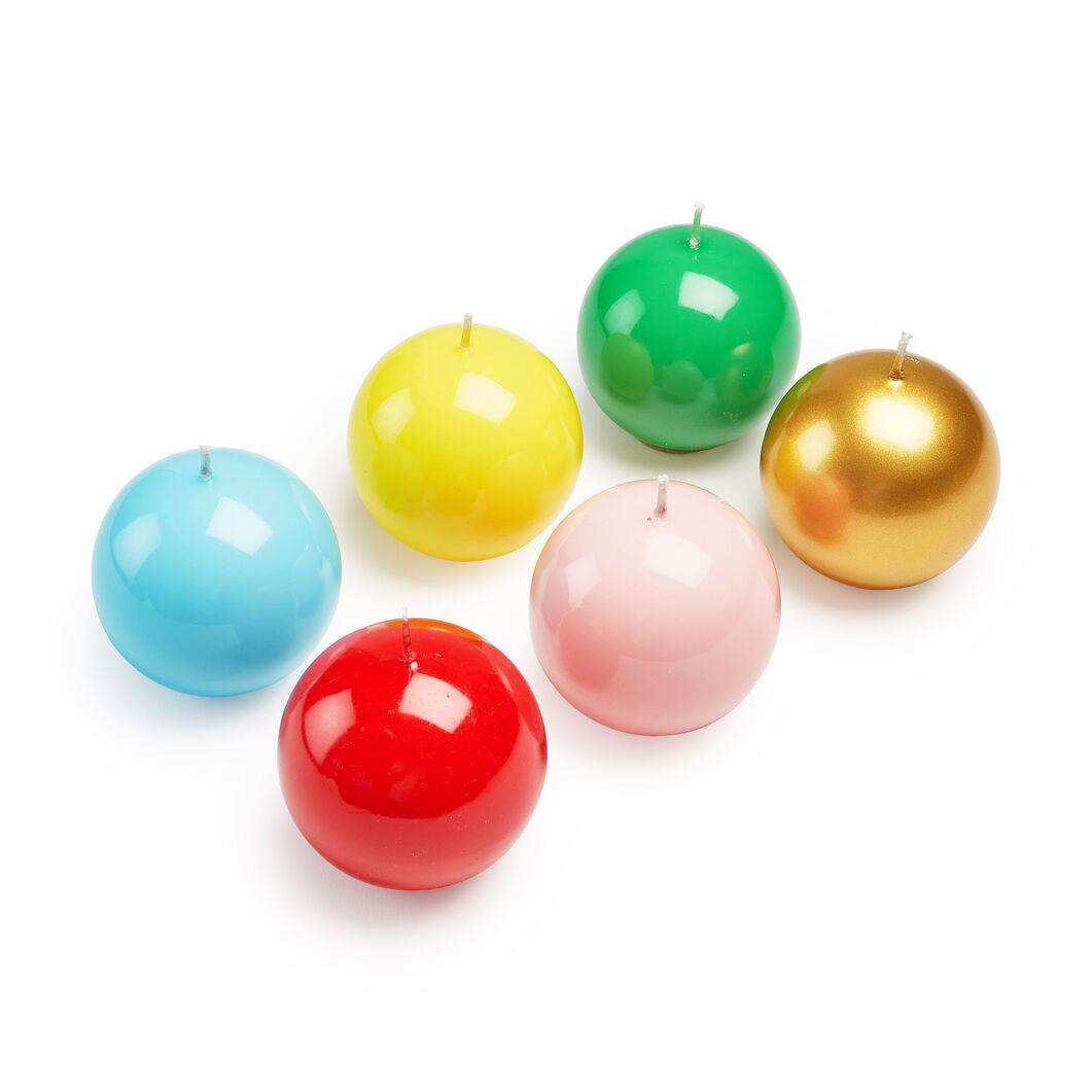 Italian Ball Candle in color Gold