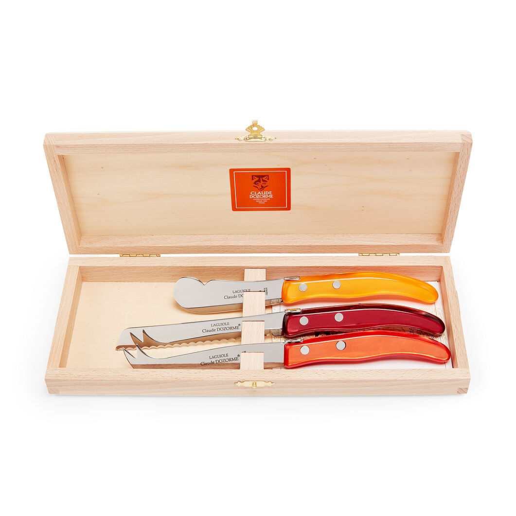 Berlingot Cheese Knives in color