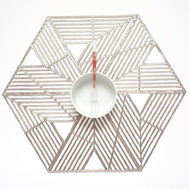 Chilewich Pinwheel Placemat in color Gunmetal