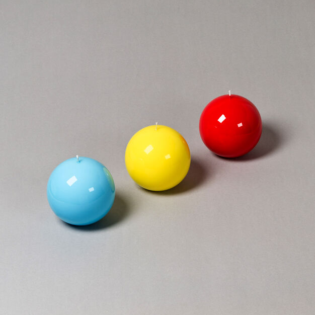 Meloria Ball Candle in color Red