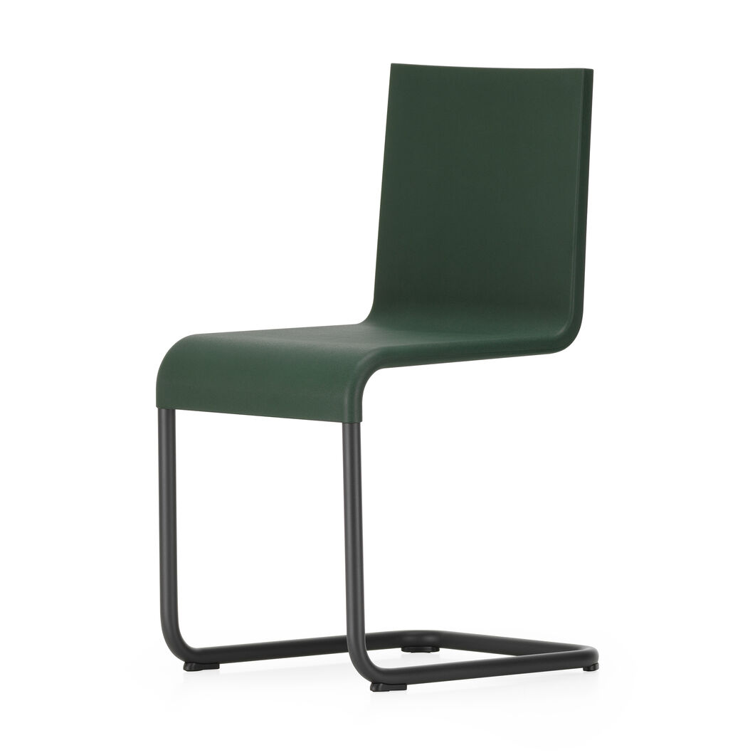.05 Chair in color Dark Green
