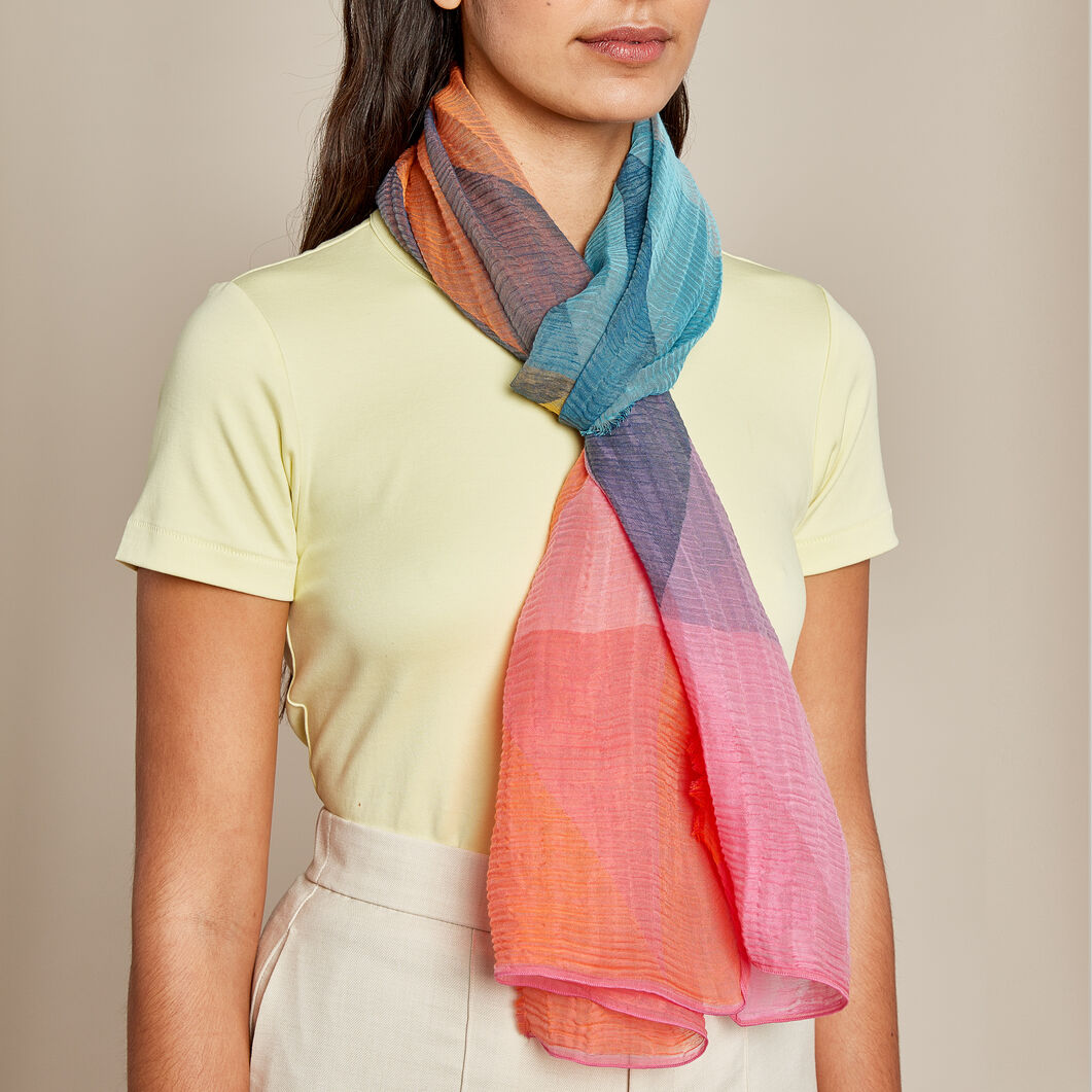 Ailes Scarf in color
