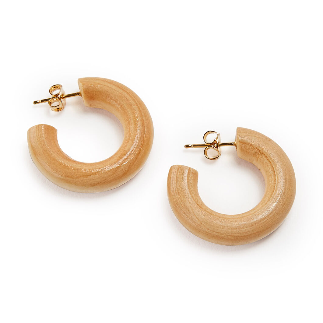 Sophie Monet Pine Wood Huggie Earrings in color