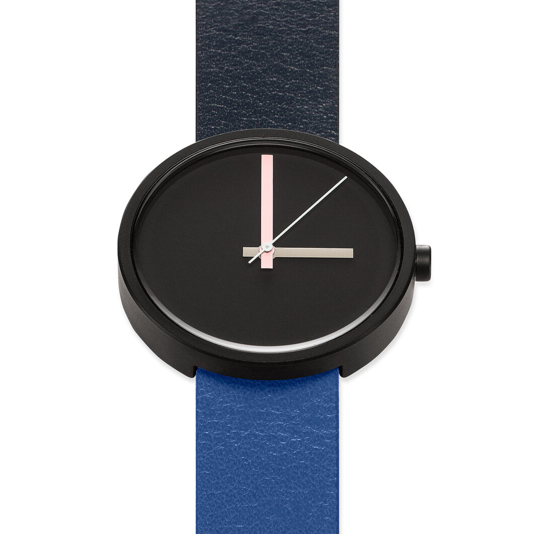 Multi Watch in color Black
