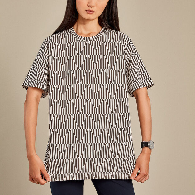 UNIQLO Carmen Herrera T-Shirt - Black & White in color