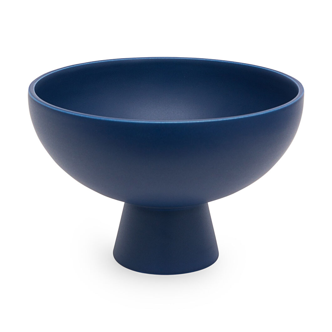 Raawii Strøm Bowl in color Blue