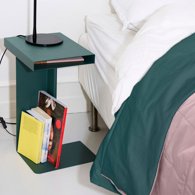 Radar Side Table in color Green