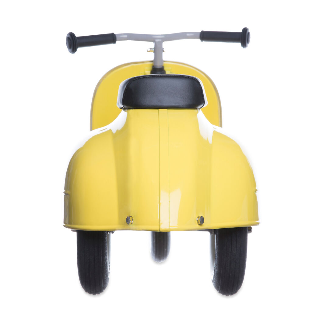 Primo Ride-On Push Scooter in color Yellow