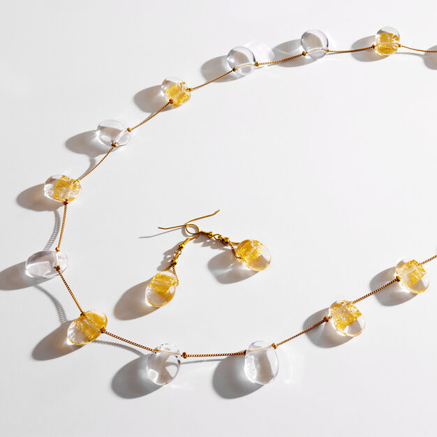 Gold-Leaf Necklace in color