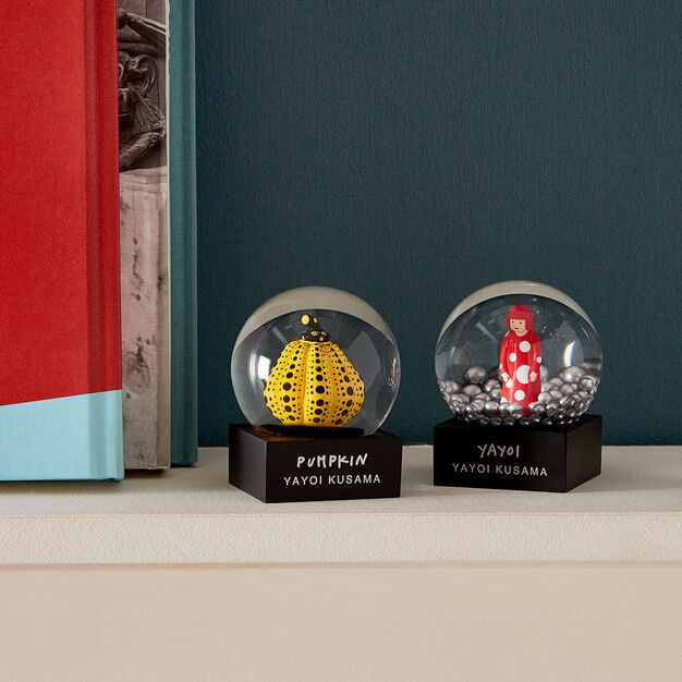 Kusama Snowglobes in color Yellow