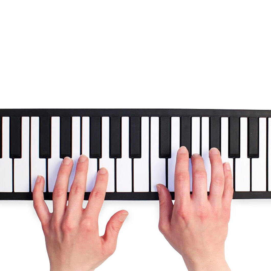 Roll-Up Piano in color Black/White