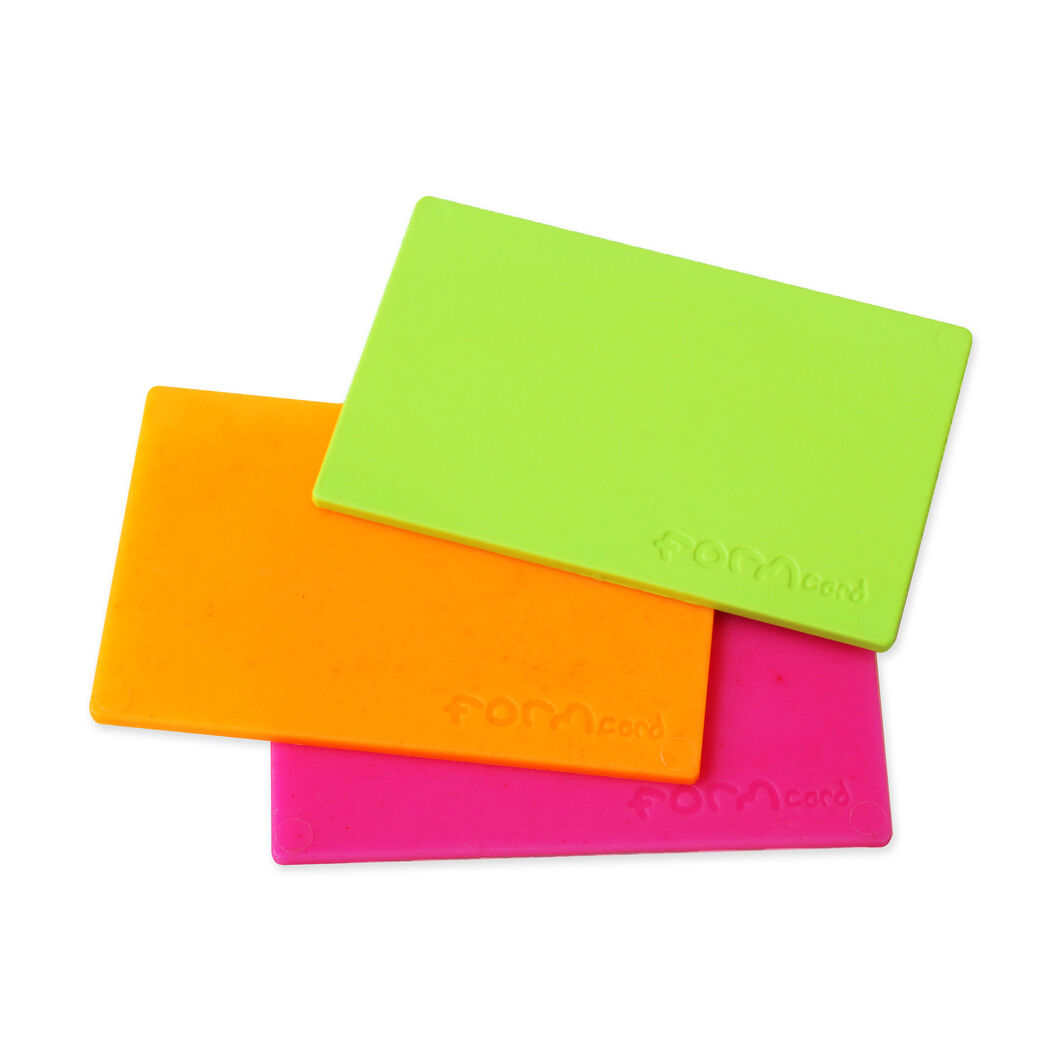 Bioplastic Formcard Tool in color