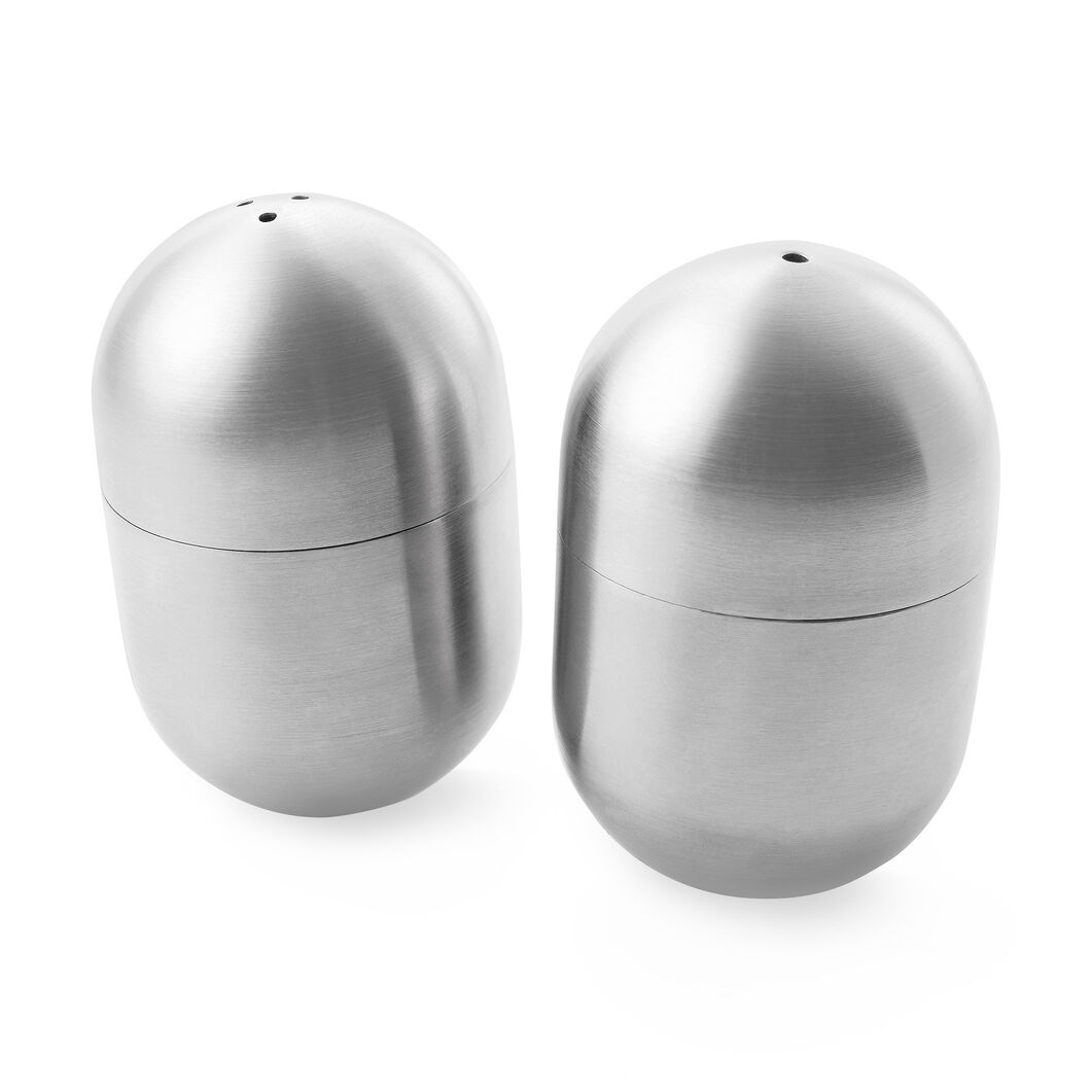 Wobble Salt and Pepper Shakers in color