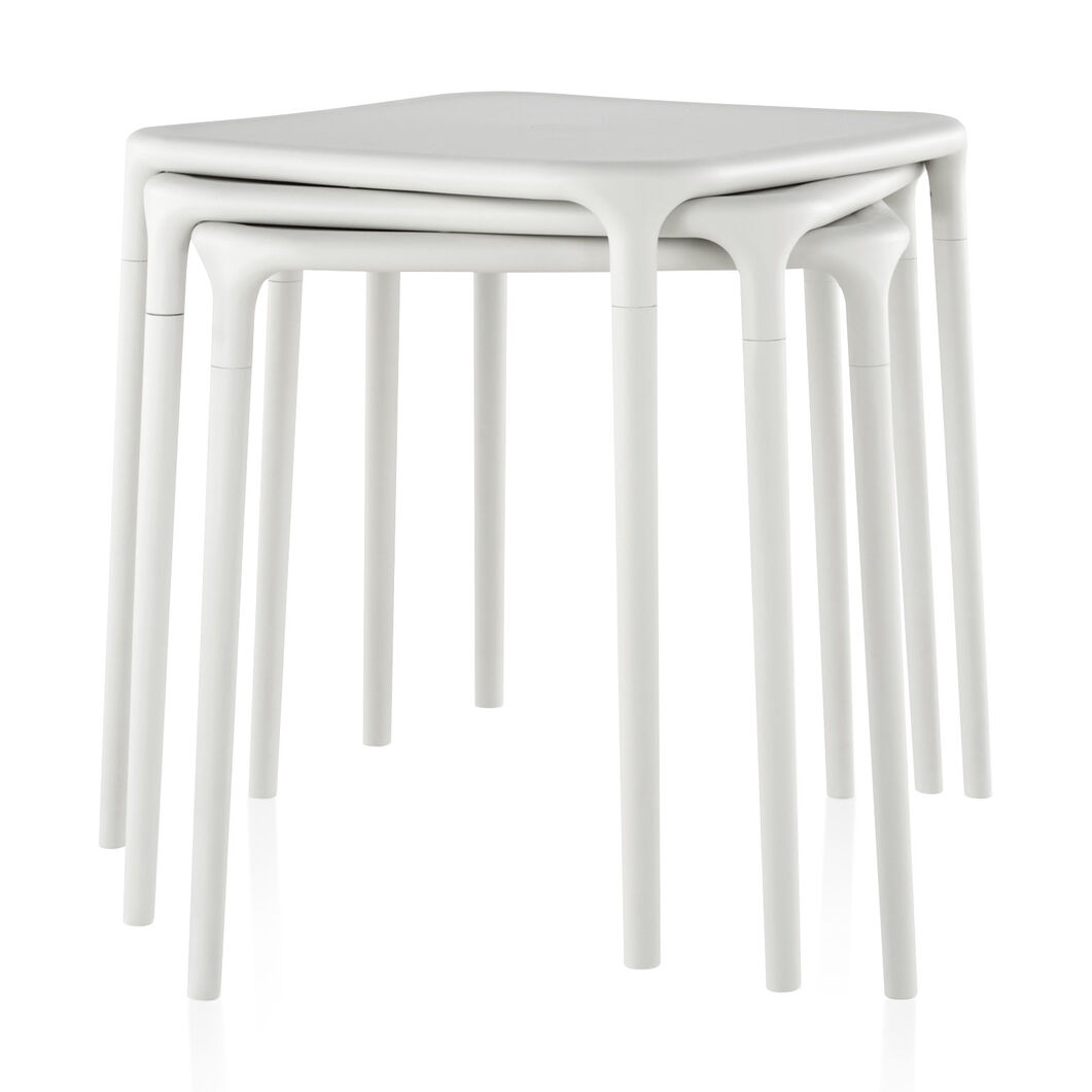 Magis Stackable Air Table in color White