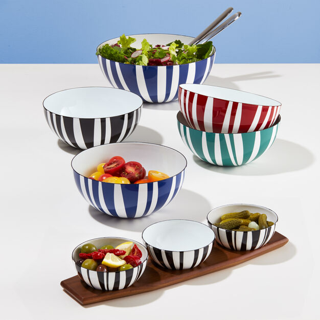 Medium Striped Bowls in color Black