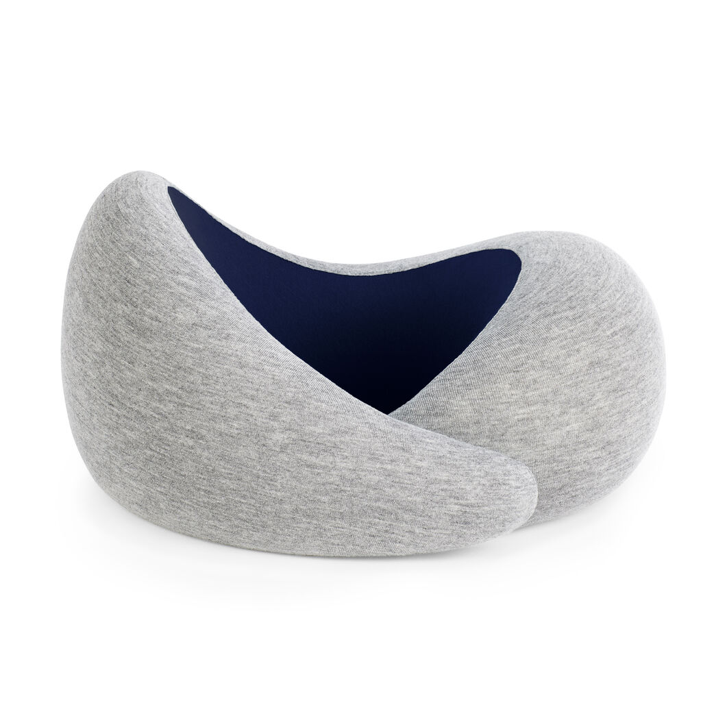 Ostrich Pillow Go in color