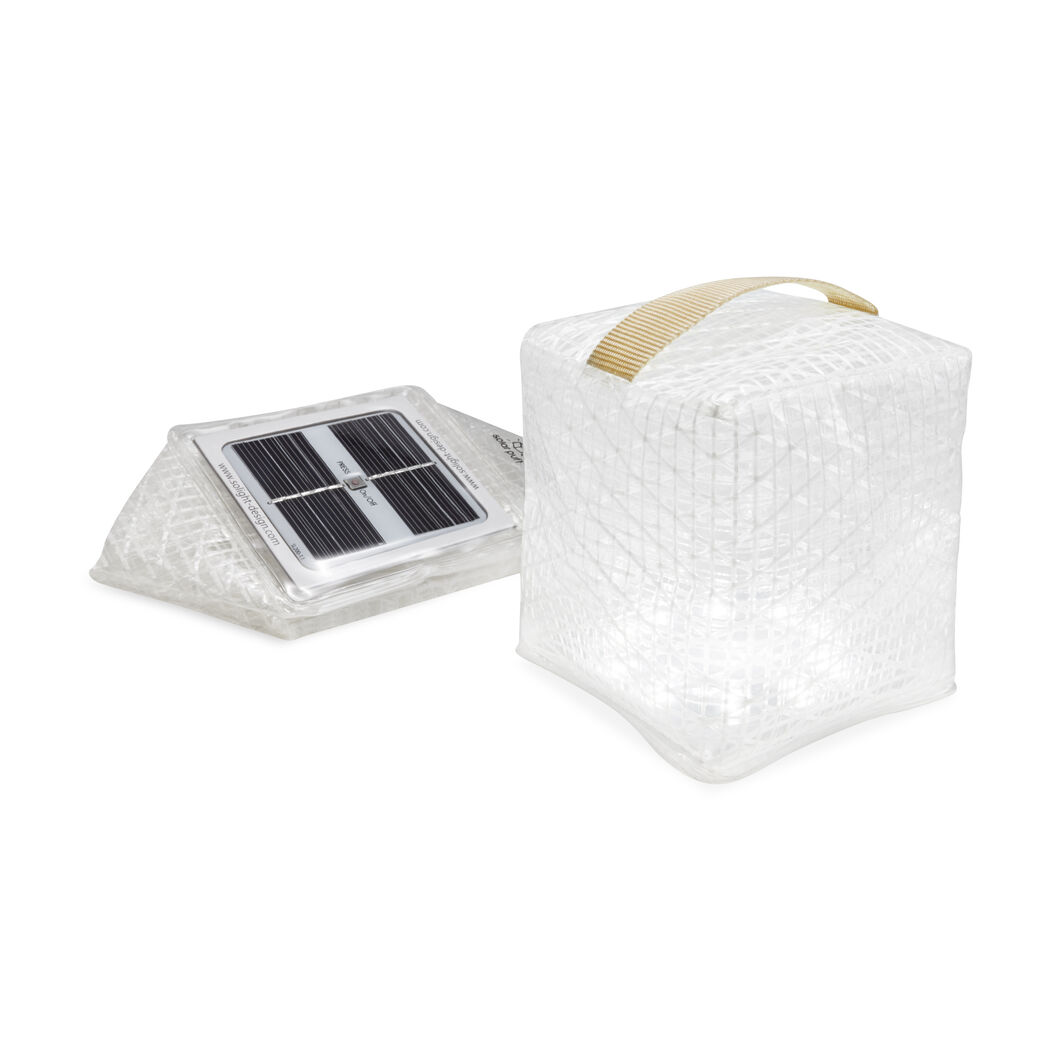 Solar Puff Outdoor Lamp in color