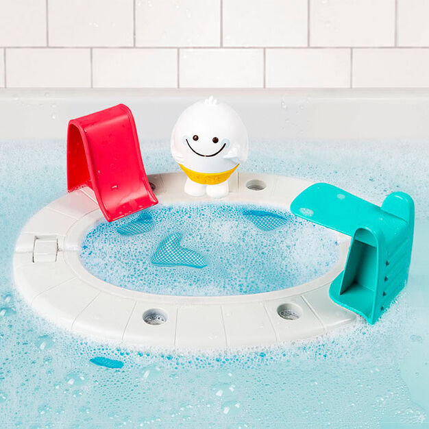 Yeti's Pool Party Bath Squirter in color