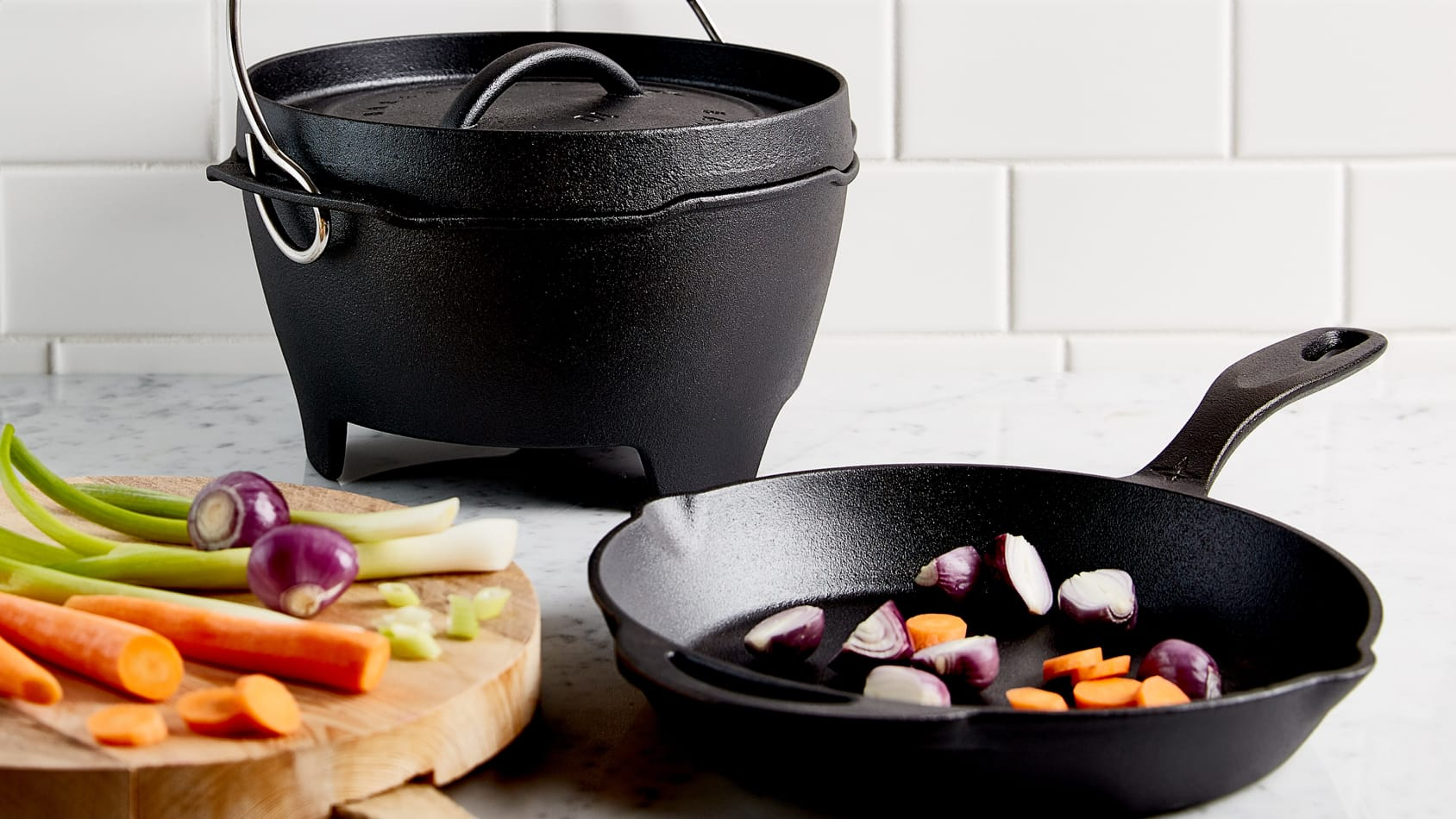 Shop Dutch Oven Cast Iron Set